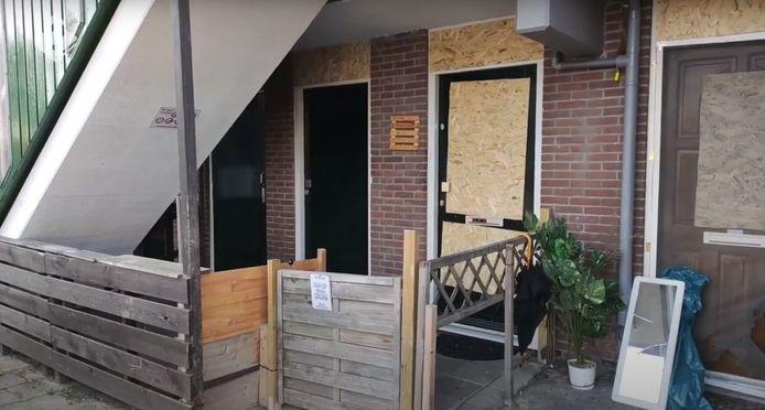 Deuren en ramen raakten door de explosie beschadigd.