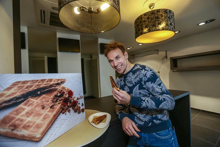 Chef Giovani Oosters opent 'Wafl', waar hij vijf weken lang niet-alledaagse wafels zal bakken.