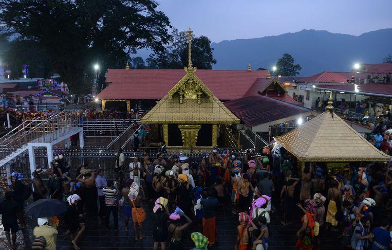 Pelgrims in de Sabarimala-tempel. Beeld AFP