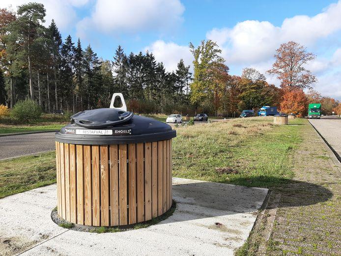 Parkeerplaats Bruggelen, de dag nadat er onder verdachte omstandigheden een dode man is aangetroffen.