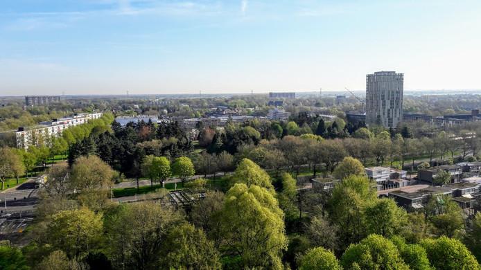 Zicht op Tilburg Noord, met woonzorgcentrum de Heikant.