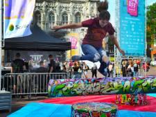Feest in Middelburg: studenten trappen het studiejaar af
