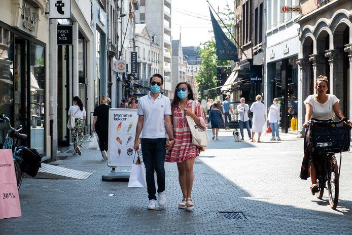 Illustratiebeeld, winkelstraat Antwerpen.