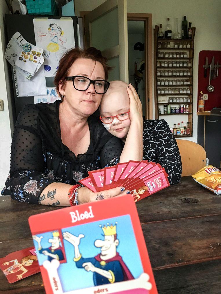 Moeder Helga Verheijden over haar dochter:  'Ze is hard voor zichzelf, maar ze had pijn en weinig energie. Ze wilde dolgraag naar huis.' Beeld Koen Verheijden