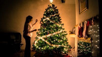 Wie de kerstboom al vroeger zet, is volgens de wetenschap gelukkiger