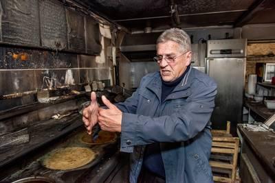 De Fer overweldigd door reacties na brand in frietkot Breda