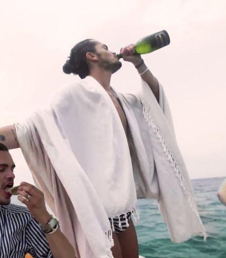 Champagne, oesters en naaktzwemmen op Ibiza
