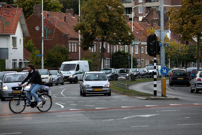 Sint Jorislaan, kruising net Geldropseweg in Eindhoven