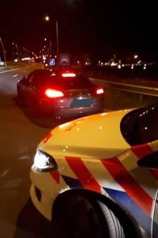 Kaatsheuvelse dief twee keer aangehouden op een dag: wil wegrijden in auto, maar heeft net rijbewijs aan politie afgestaan
