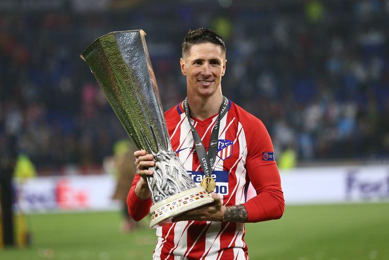 Fernando Torres won gisteren zijn eerste grote prijs met Atlético.
