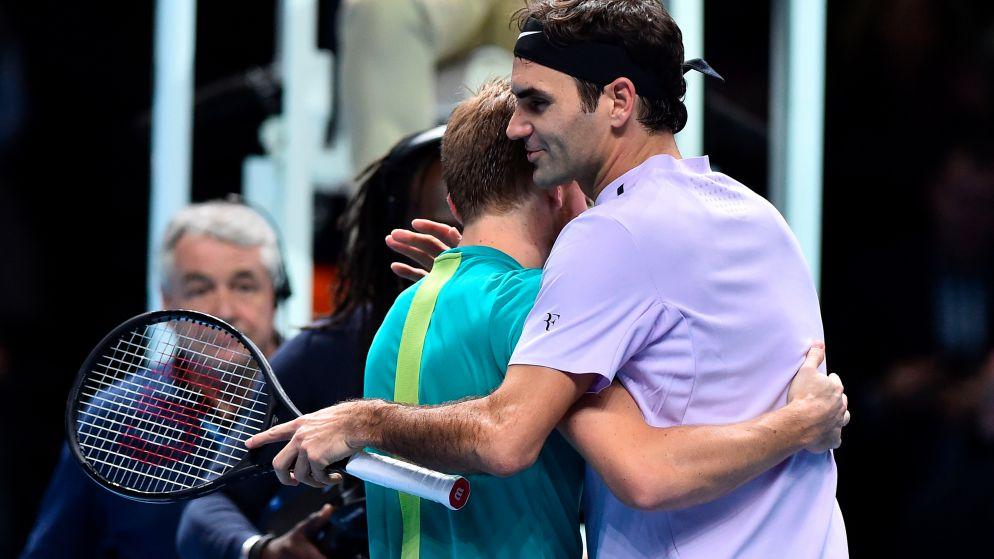 """Roger Federer: """"David is een geweldige kerel. Vandaag speelde hij zo goed dat hij het verdient om in de finale te staan"""""""