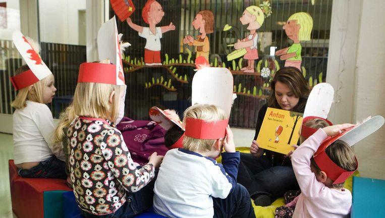 De noodlijdende kinderopvangorganisatie Estro maakt een doorstart in afgeslankte vorm. De Britse kinderopvang Smallsteps neemt ongeveer twee derde van de 3600 medewerkers over. Beeld anp