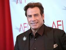 John Travolta schenkt kostbaar vliegtuig aan museum