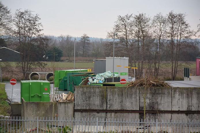 De gemeentewerf van Overbetuwe in Elst.