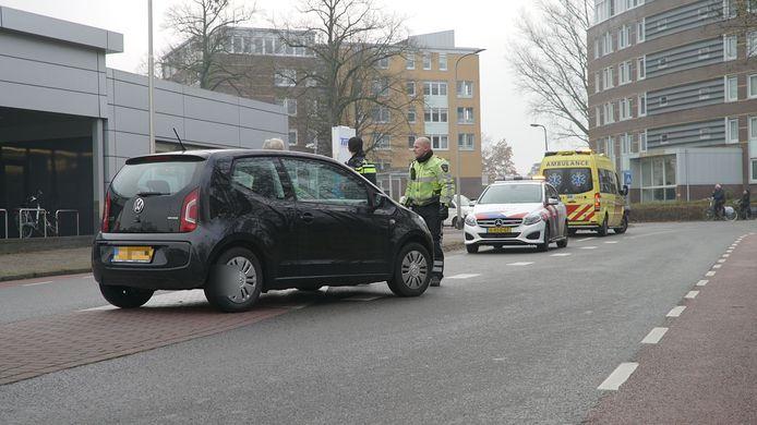 De auto die de voetganger schepte in Zutphen.