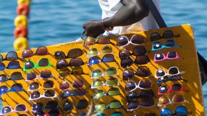 Italië gaat strijd met strandventers aan
