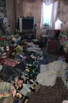 Une enfant de 2 ans retrouvée dans un tas d'ordures et de bouteilles vides, ses parents arrêtés complètement ivres