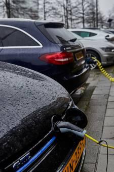 Provincie trekt de knip voor laadpalen in Hoeksche Waard