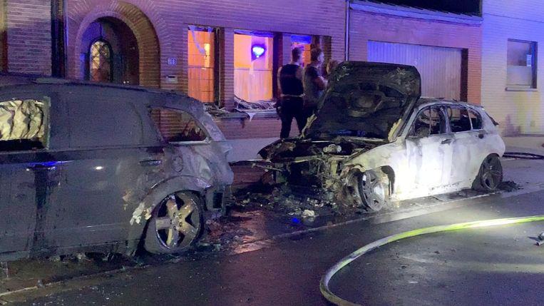 De auto van Shauni Verheye ging in vlammen op.