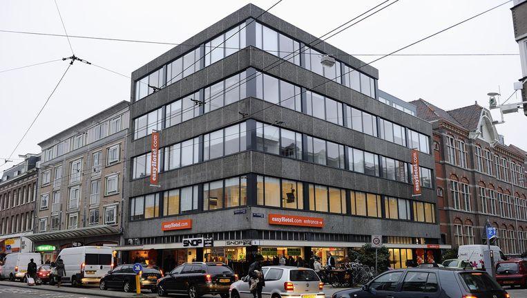 De eerste vestiging van Easyhotel aan de Ferdinand Bolstraat. Naast het nieuwe hotel aan de Arenaboulevard wil exploitant Danzep zeker nog twee vestigingen in Groot-Amsterdam Beeld anp