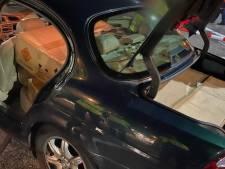 Politie haalt met 200 kilo illegaal vuurwerk volgeladen auto van de weg bij Zwolle