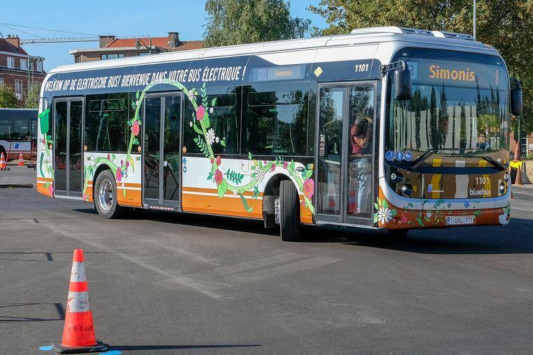 Op 1 oktober rijdt deze elektrische bus voor de eerste keer uit.