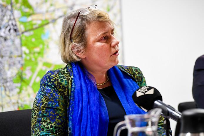 Annette Stinenbosch (CDA) legde haar wethouderspost neer vanwege alle perikelen rondom zwembad De Schelp.