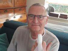 Da's ook wat: kandidaat PS Flevoland moet campagne voeren met opgestoken middelvinger