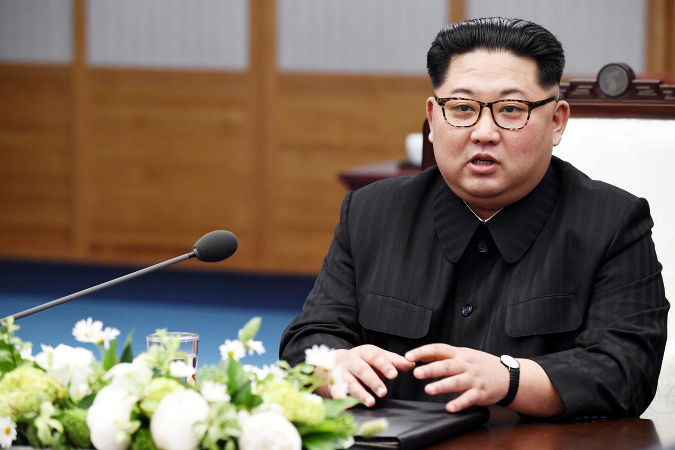 Kim Jong-un in het Vredeshuis in de gedemilitariseerde zone.