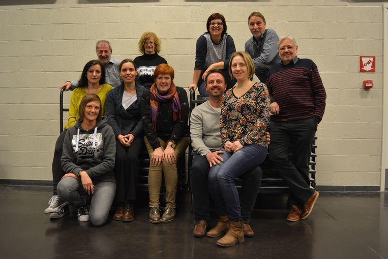 De Schepdaalse toneelvereniging Konseir treedt in maart vijf keer op met het stuk 'Wie zit er in de wasmand?'.