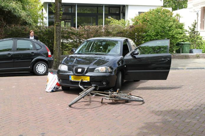 Na de melding van het ongeluk werden meerdere politie eenheden, een ambulance en de traumahelikopter uit Rotterdam gealarmeerd.