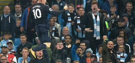 Wayne Rooney en zijn fans lachen zich rot na goal bij City