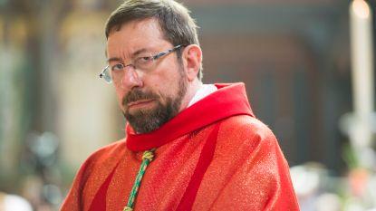 Bisschop van Luik opgesloten in badkamer tijdens overval: dieven stelen 20.000 euro, kelken en kunstwerken