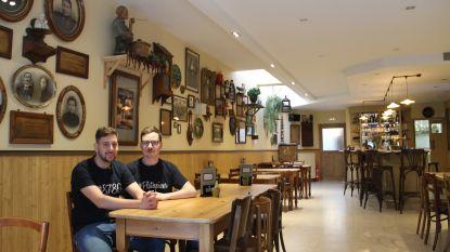 Platsepissers en Ginstepoepers kunnen smullen van 'mussenpootjes' in Café Centraal