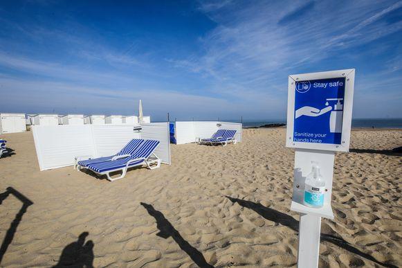 De strandbars in Knokke zijn klaar om volk te ontvangen op een veilige manier, maar moeten gesloten blijven