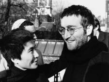 Les lunettes rondes de John Lennon adjugées 165.000 euros