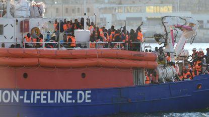 """Francken: """"Belgisch team onderweg naar Malta om migranten Lifeline te interviewen"""""""