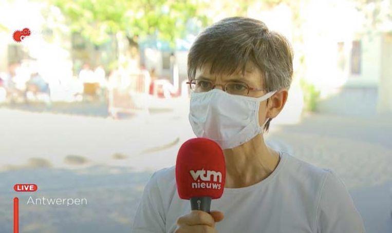 """Gouverneur Cathy Berx over de mondmaskerplicht: """"Het gaat om een vorm van beleefdheid. Bescherm uzelf, maar bescherm ook anderen."""""""