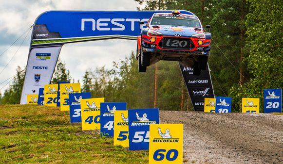 Neuville tijdens de Rally van Finland.