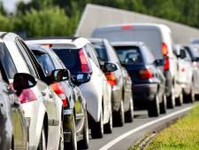 File na botsing met meerdere auto's op A15 bij Sliedrecht