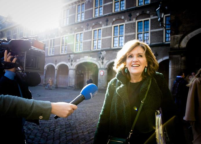 D66-Kamerlid Pia Dijkstra straalt op weg naar de Eerste Kamer vertrouwen uit in een goede afloop.
