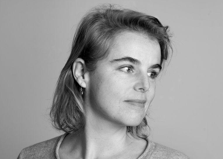 Janita Monna schrijft wekelijk over poëzie voor Trouw. Beeld Maartje Geels