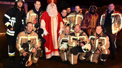 Sinterklaas en Zwarte Piet dagen plots op bij ... schoorsteenbrand