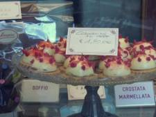 """""""Corona Cake"""", des gâteaux en forme de virus vendus en Italie"""