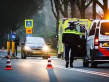 Voetganger op zebrapad aangereden, Trambaan in Strijen deels afgesloten