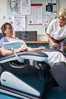 Massagestoelen, luxe bed en yoga: ziekenhuis doet alles om personeelstekort tegen te gaan