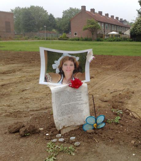Moeder vermoorde Melissa heel boos om nieuws over dader: 'Moest het in de krant lezen'