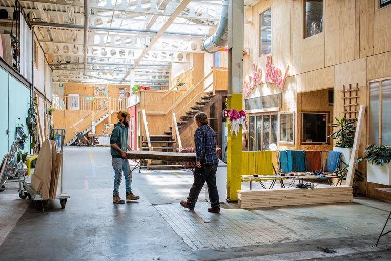 De Hoop in Zaandam: 20.000 vierkante meter, met plaats voor 220 creatieven.  Beeld Nosh Neneh