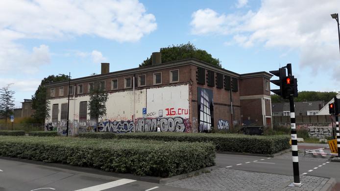 Het Ketelhuis, in 2015 aangewezen als gemeentelijk monument, zit boordevol asbest.