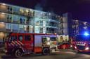 Hoewel de brandweer er snel bij is brand één appartement totaal uit.